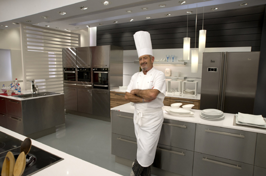 Karlos argui ano continues to rely on silestone for Karlos arguinano