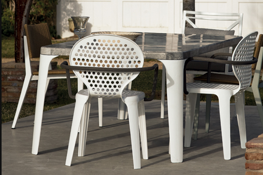 Italian Designer Paola Navone Creates The Obl Outdoor