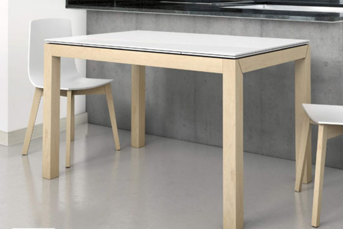Cancio company incorporates the clarified beech in its collections. The new fashion finish