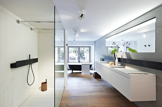 Minimum Berlin agape is protagonist in the minimum interior design space in