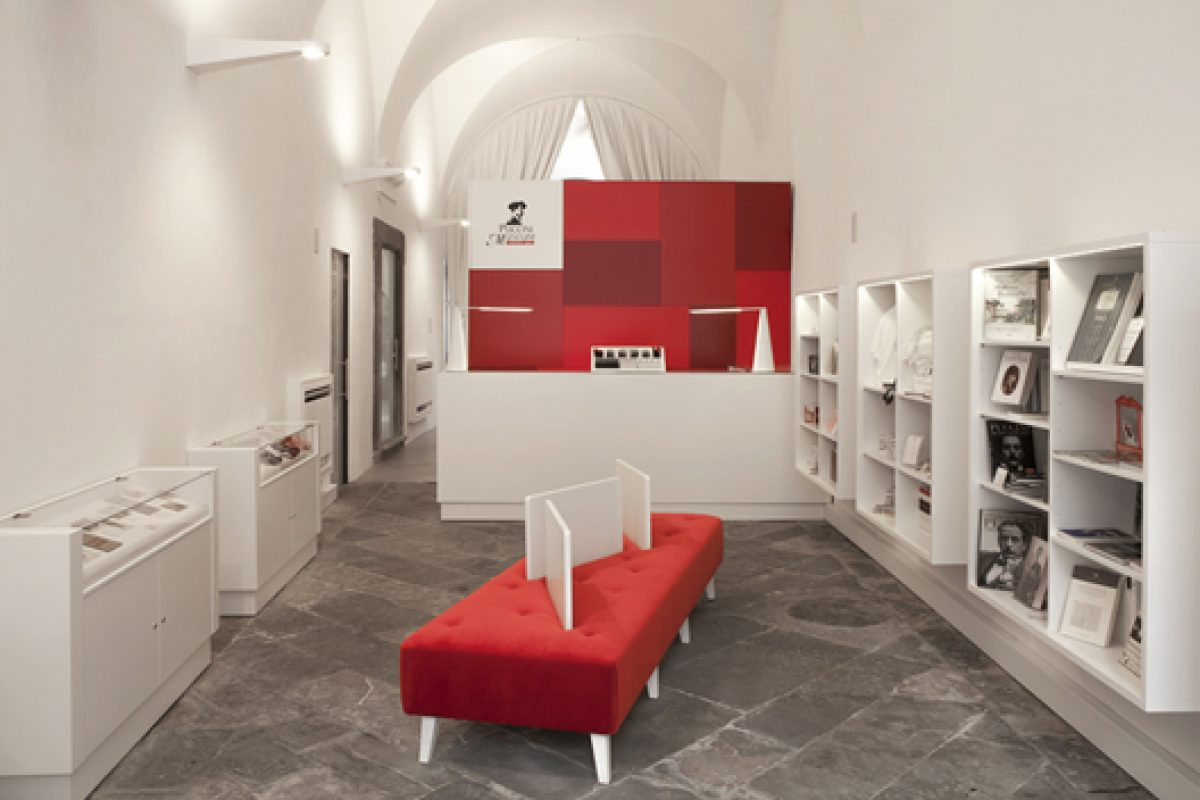 Studiòvo designs the ticket office and the bookshop of the Museum dedicated to musician Giacomo Puccini