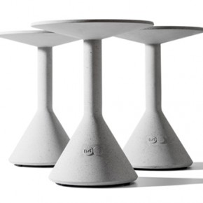 Side Table B, the complimentary match for Bench B by B.D Barcelona Design