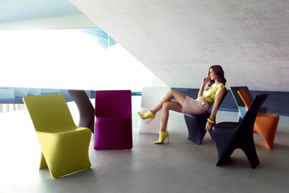 Sloo Chair collection of Vondom, designed by Karim Rashid, wins a Good Design Award