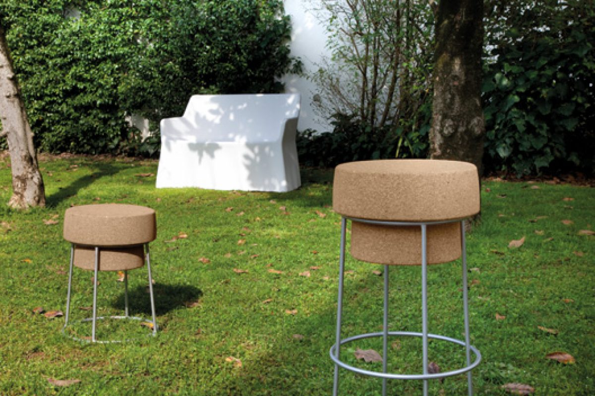 Bouchon chair of Domitalia designed by Radice & Orlandini. The Champagne cap inspires to win a Good Design Award
