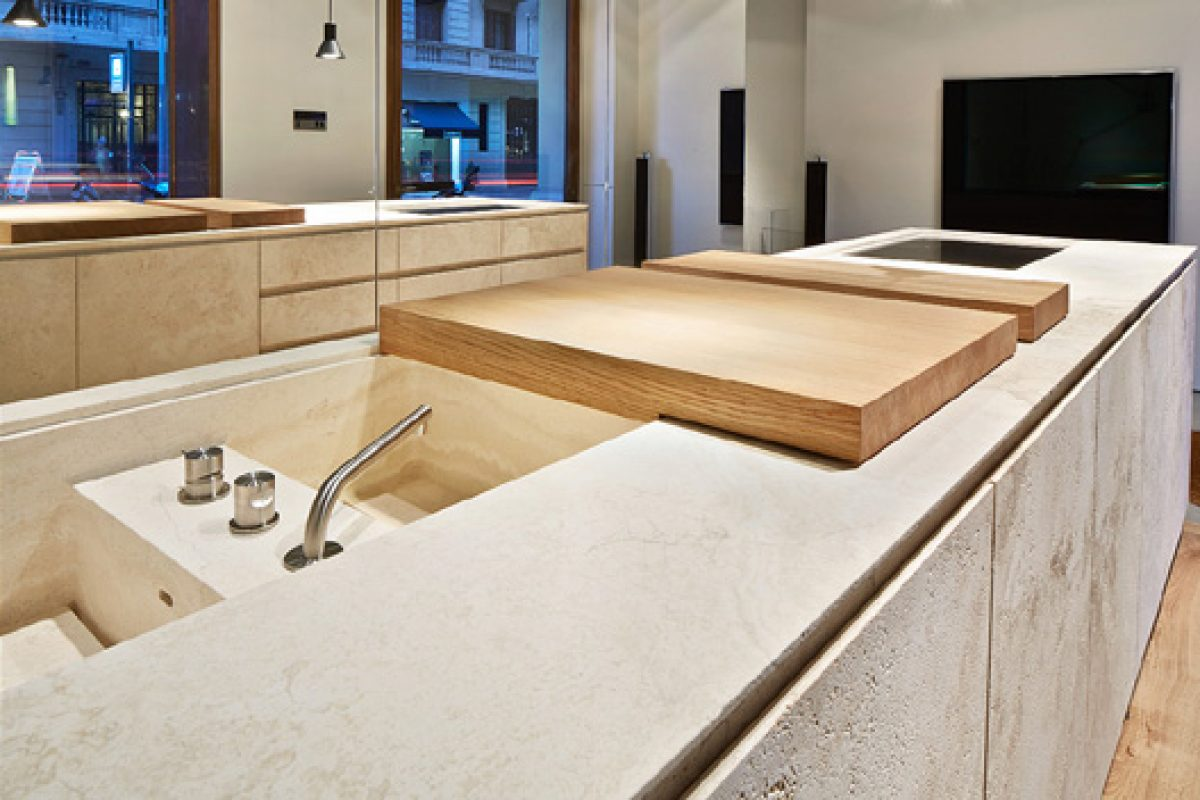 Vaselli – Spirito Pietra: Italian design with a passion for natural stone lands at Espai Rö in Barcelona