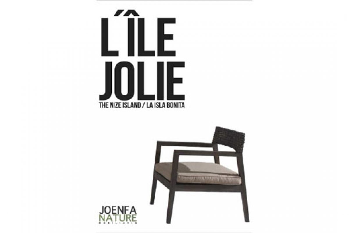 "Joenfa Nature presents its catalogue ""L'Île Jolie"" at the International Furniture Fair Singapore"