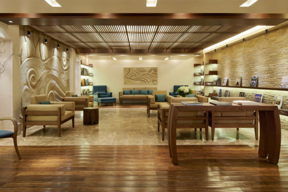 American ash recreates the rich and emblematic elements of Polynesian culture at the Sofitel The Palm Dubai
