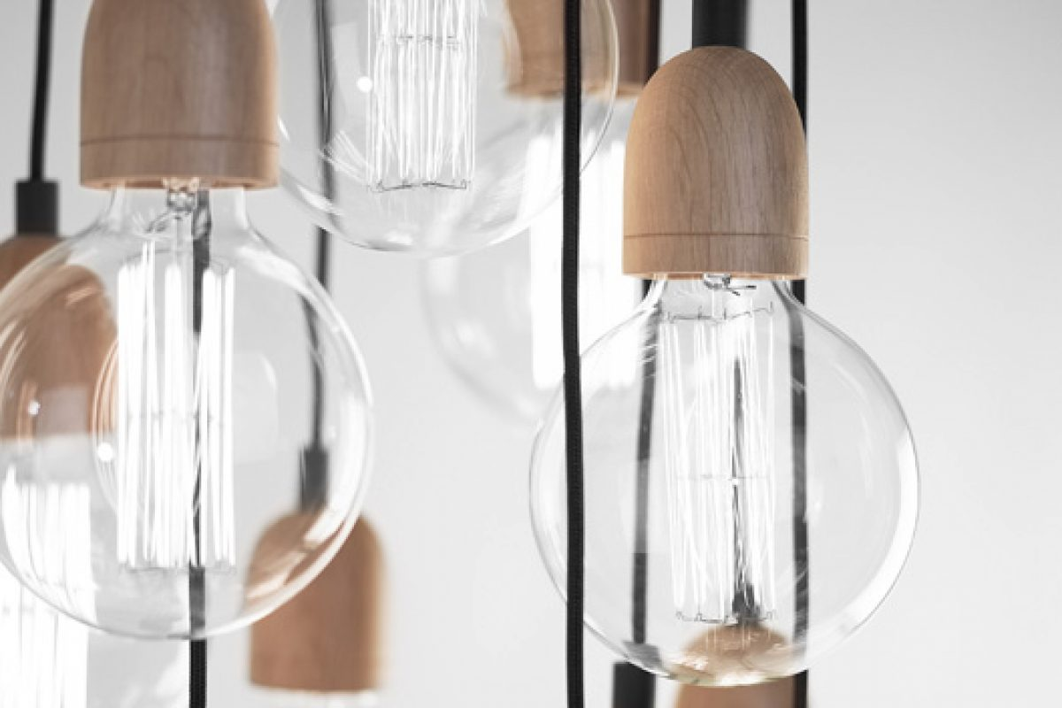 B.lux gives a vintage touch to its best-selling Ilde lamp designed by David Abad in 1999