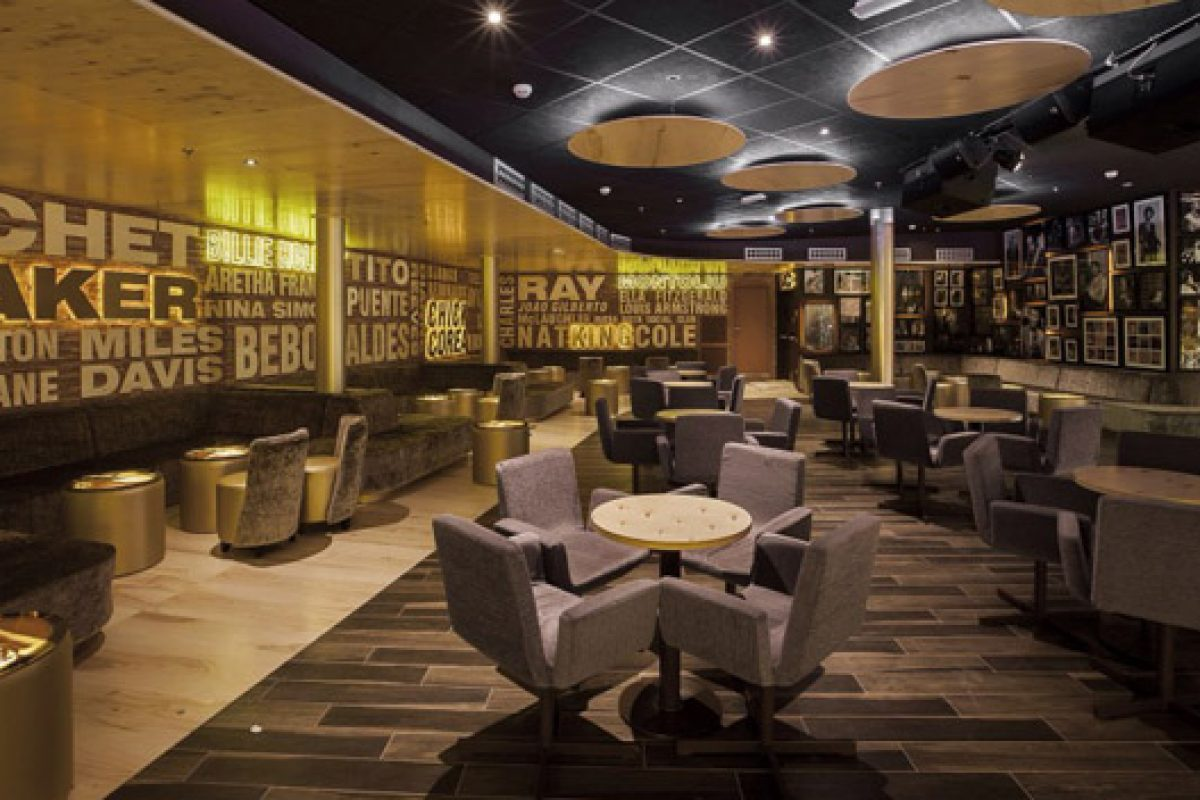 Oscar Vidal designs the Riviera Music Lounge from Riviera Hotel in Benidorm with an authentic New Yorker Jazz touch