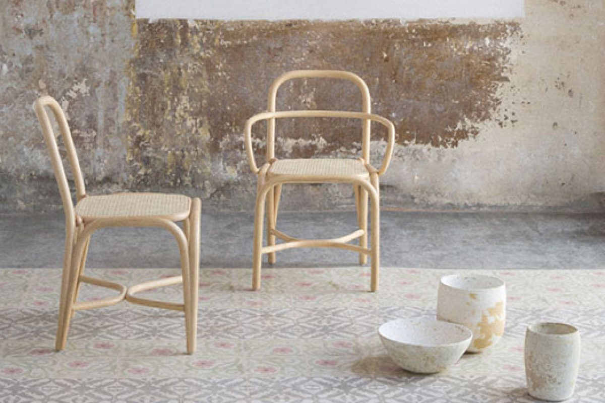 The tradition of Rattan is updated in Fontal chair by Expormim and becomes a reference design and finalist in Delta Awards 2014