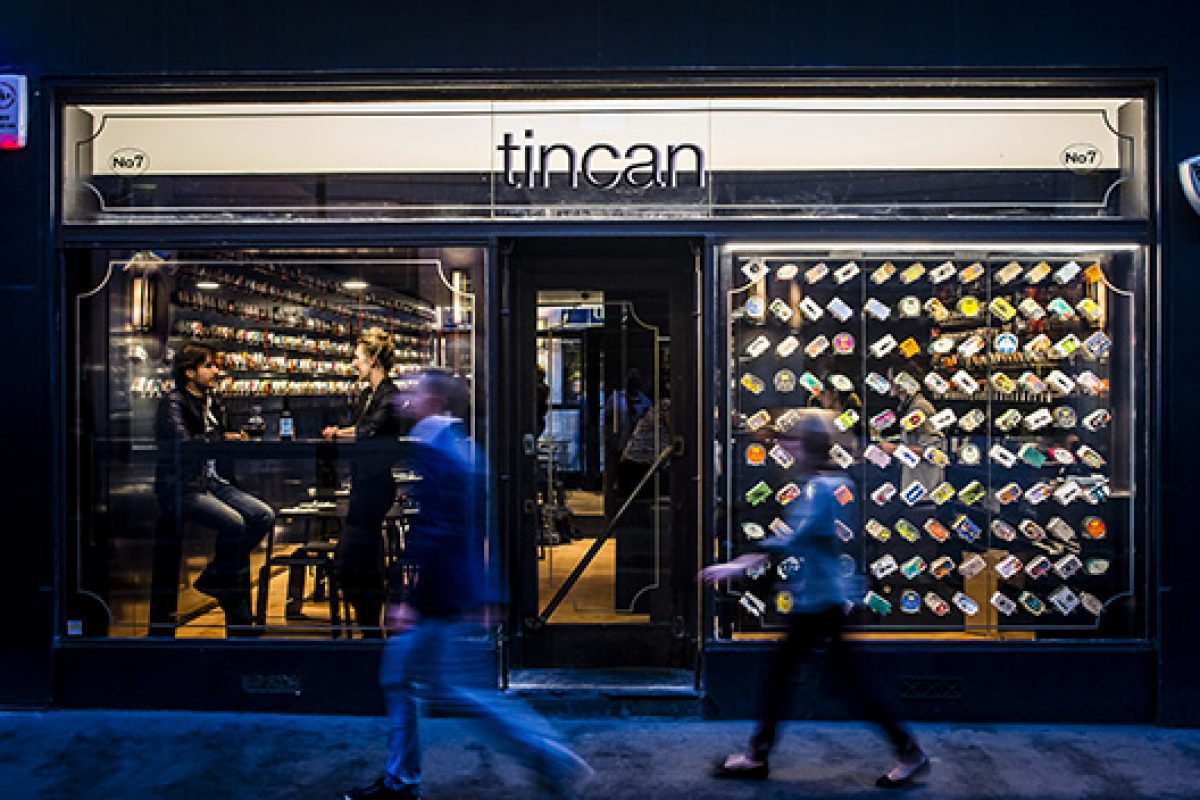 DuPont™ Corian® participates in tincan project, an ephemeral restaurant by AL_A in Soho (London)