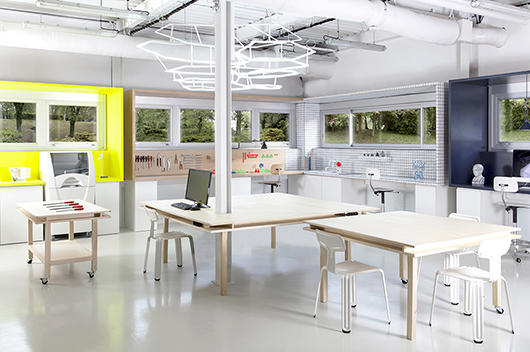 Design innovation fab lab i2r by studio ggsv for edf for Office design research