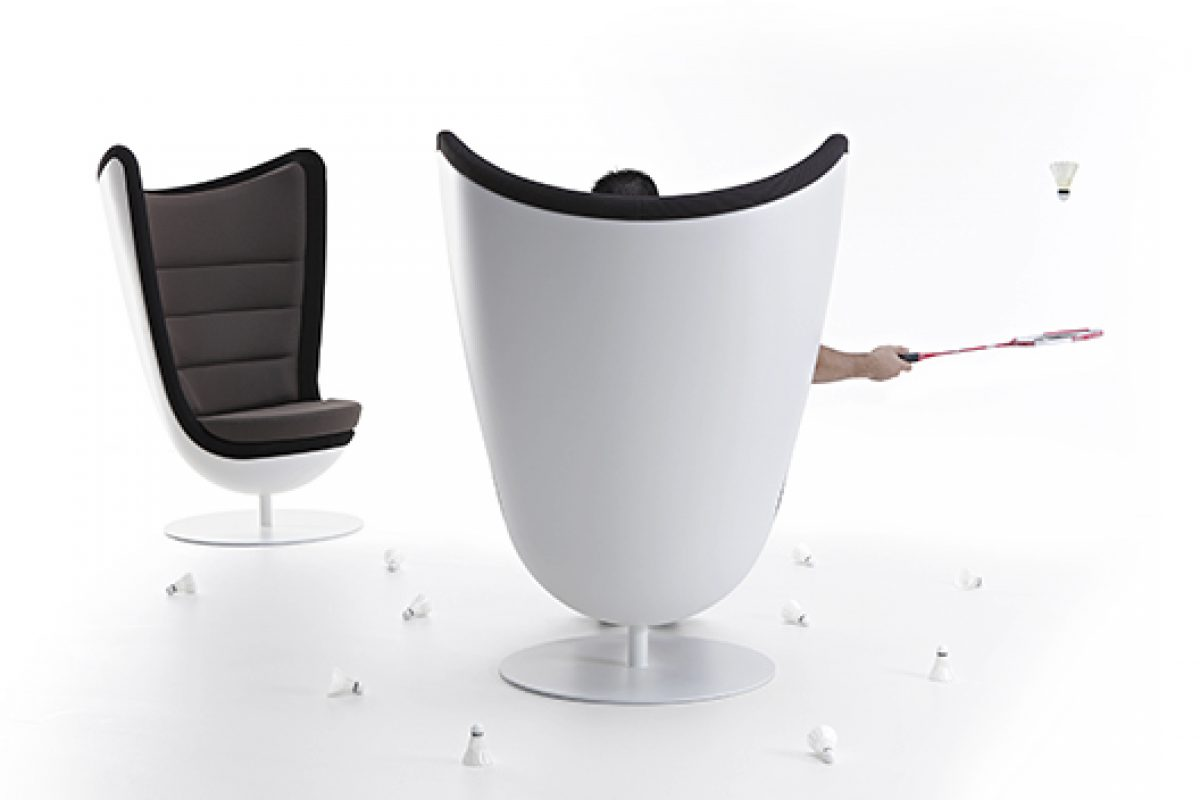 Actiu presents at Stockholm Furniture Fair 2015 two of its new successes, the armchair Badminton and the Wing chair