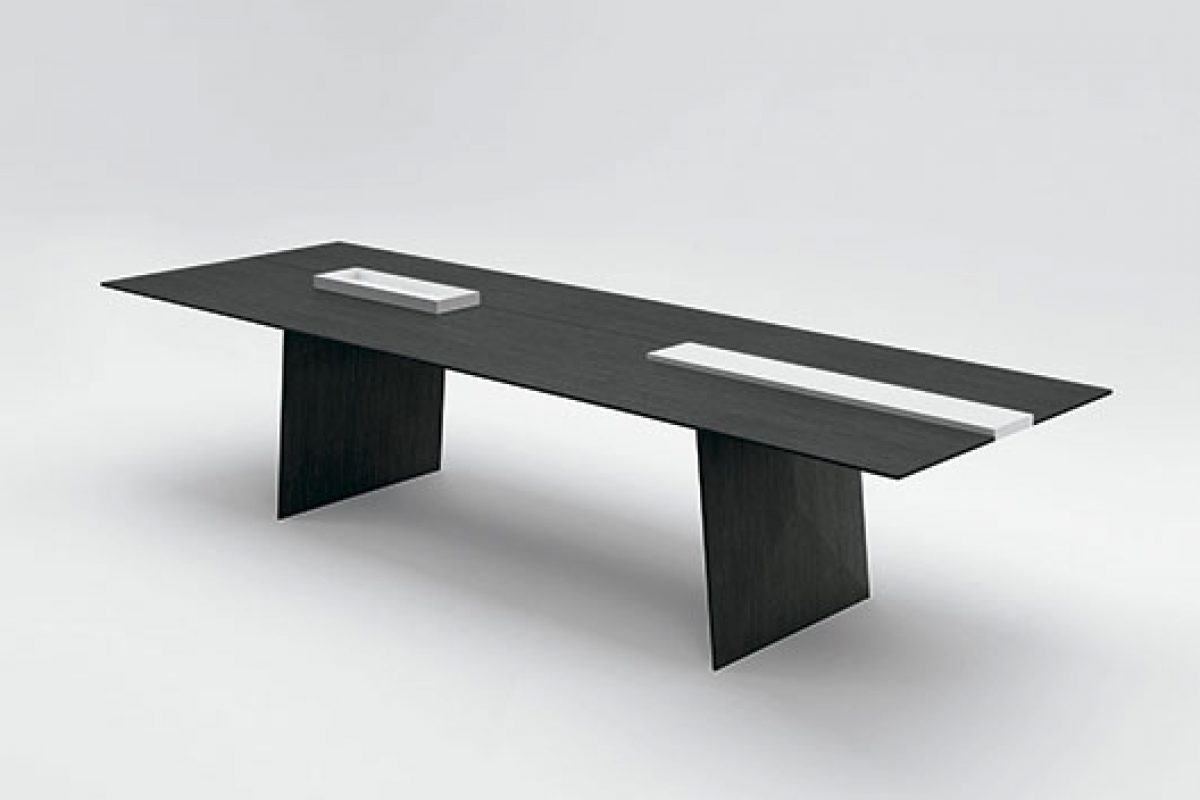 iSaloni 2015 preview: Kanji dining table designed by Francesco Rota for Paola Lenti