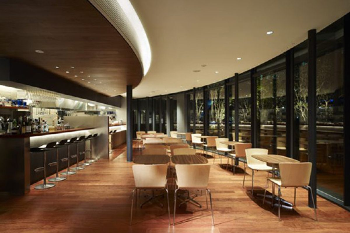 Slam chair, designed by Lievore Altherr Molina for Sellex, furnishes Haneda Chronogate restaurant in Tokyo