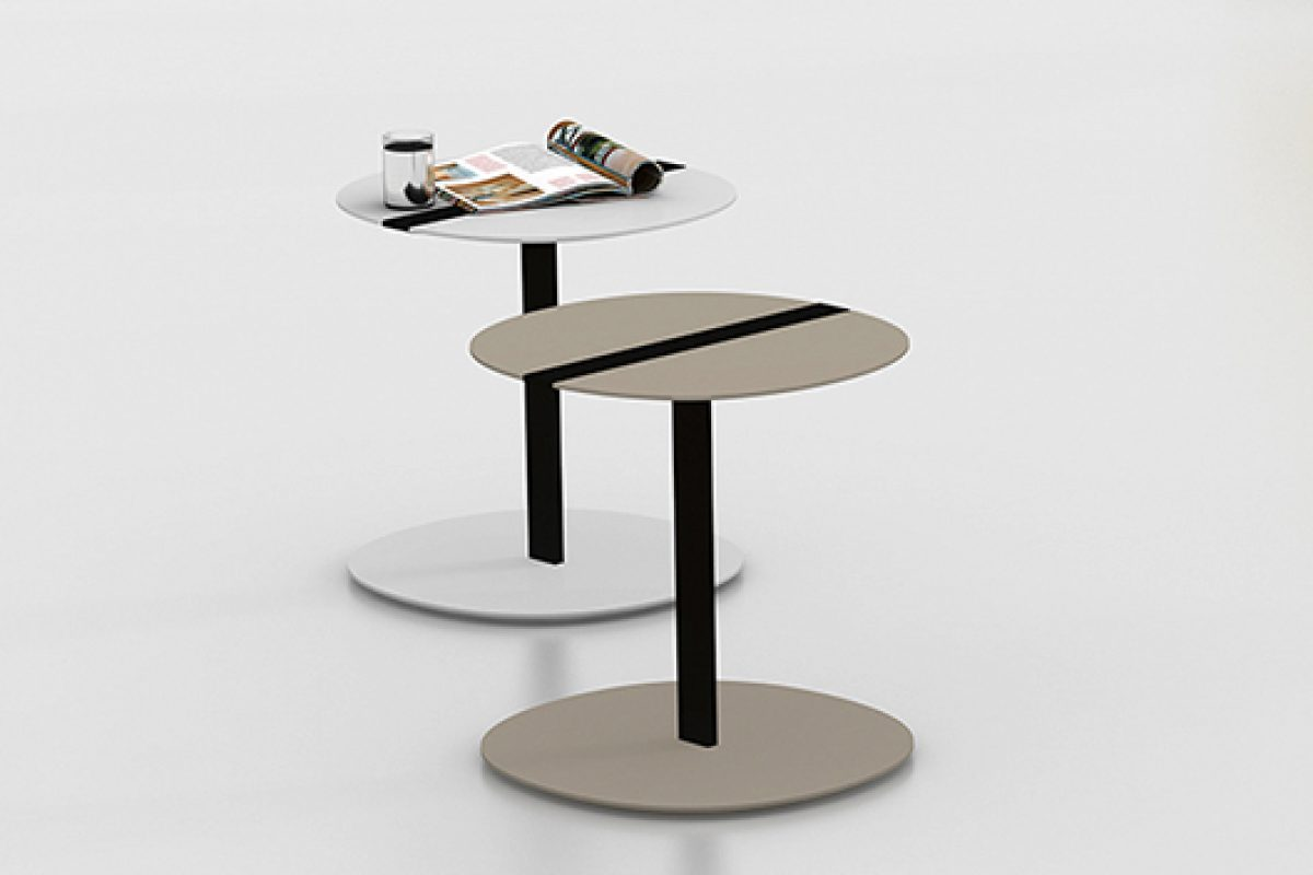 Serra Round, the round version of the side table by Viccarbe inspired by sculptor Richard Serra
