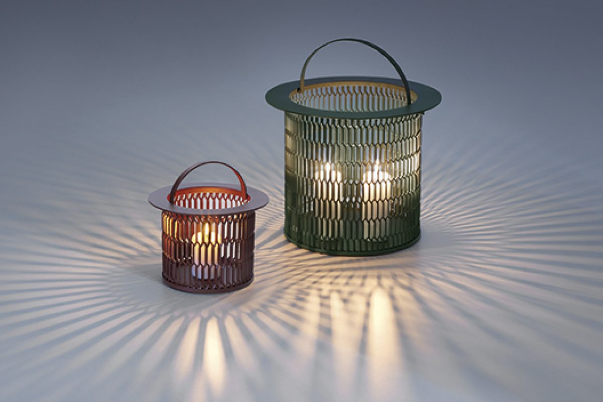 Candleholders Kettal Mesh designed by Patricia Urquiola. Effects of lights and shadows creating charming environments