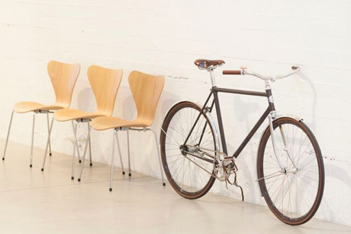What do furniture and bicycles have in common? Fritz Hansen and Velorbis make it possible
