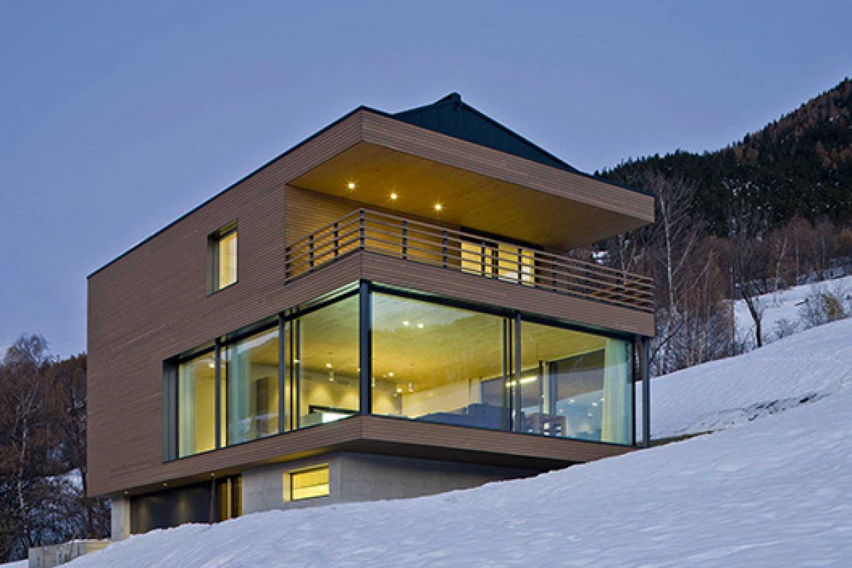 Efficiency and views: the perfect match for a home in Switzerland with the MINERGIE highest certification