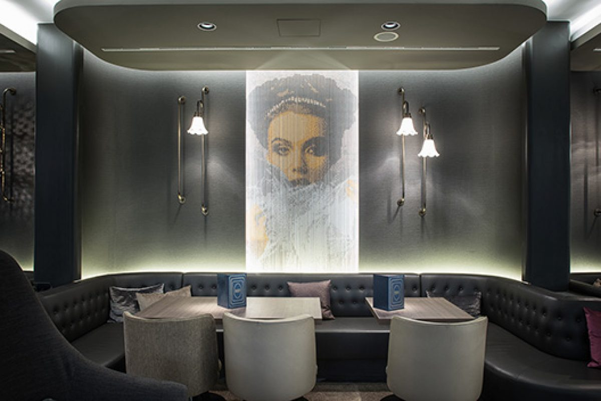 KriskaDECOR decorative curtains adorn the exclusive Marriott Hotel Renaissance in Wien
