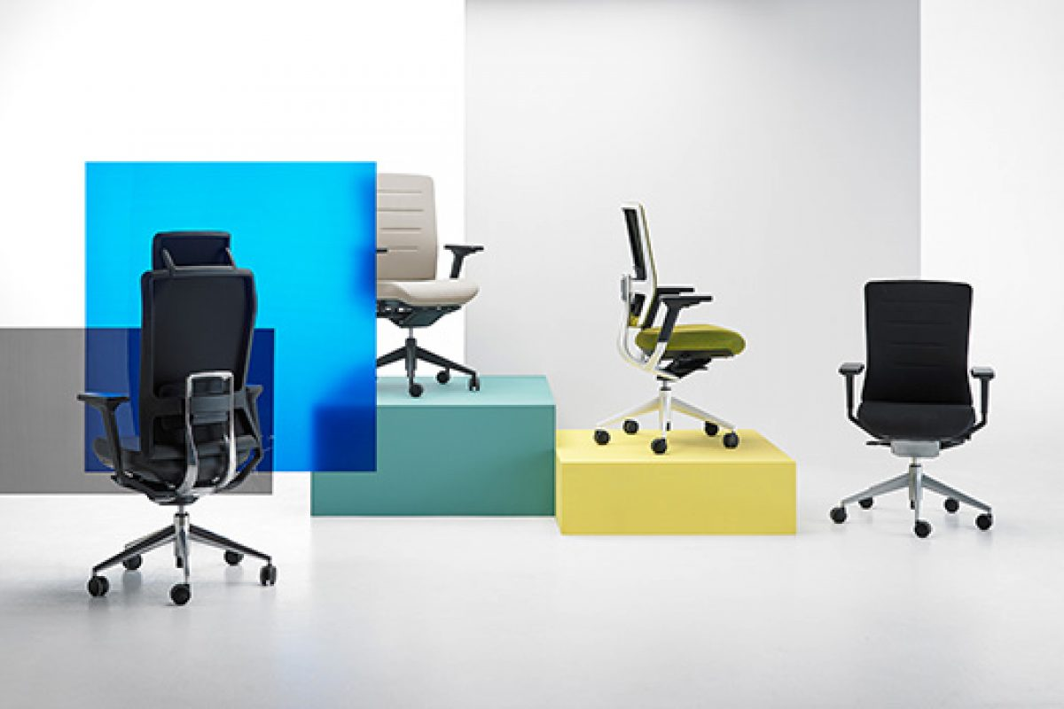 TNK Flex office chair designed by Alegre Design for Actiu. A second skin anticipating your every move
