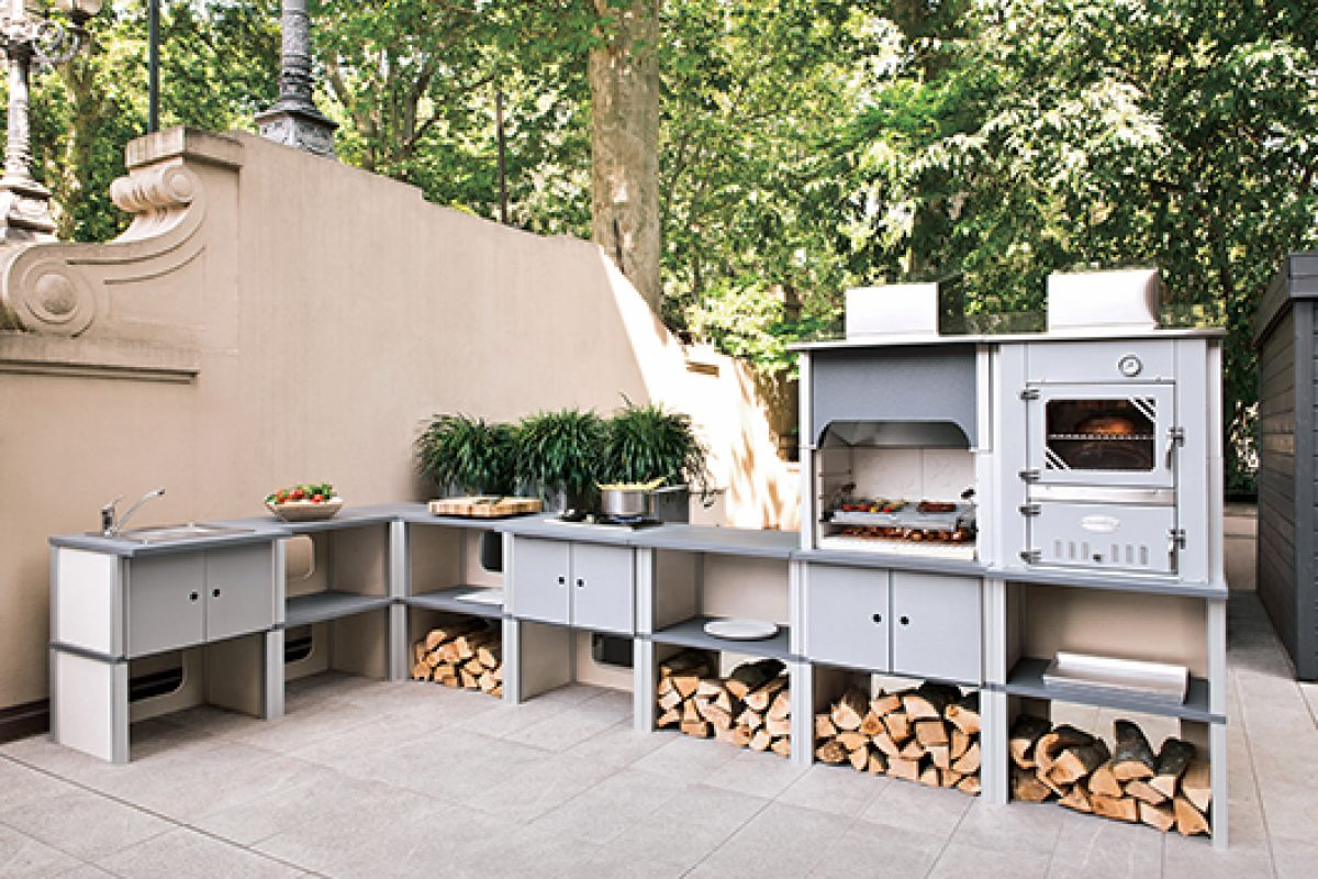 Flexible modular systems by Palazzetti for outdoor kitchens, the barbecue new concept