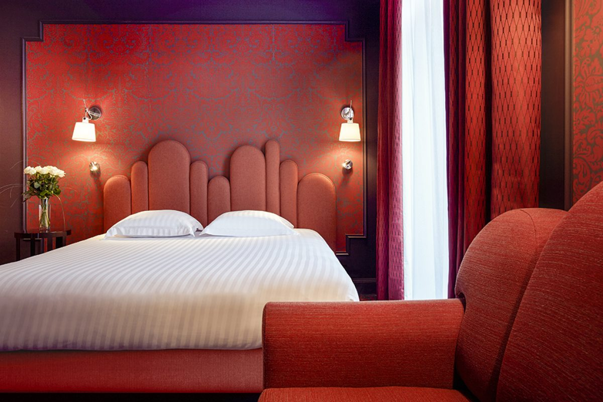 The Grand Hôtel du Midi by interior designer Julie Gauthron. To the rhythm of Montpellier music
