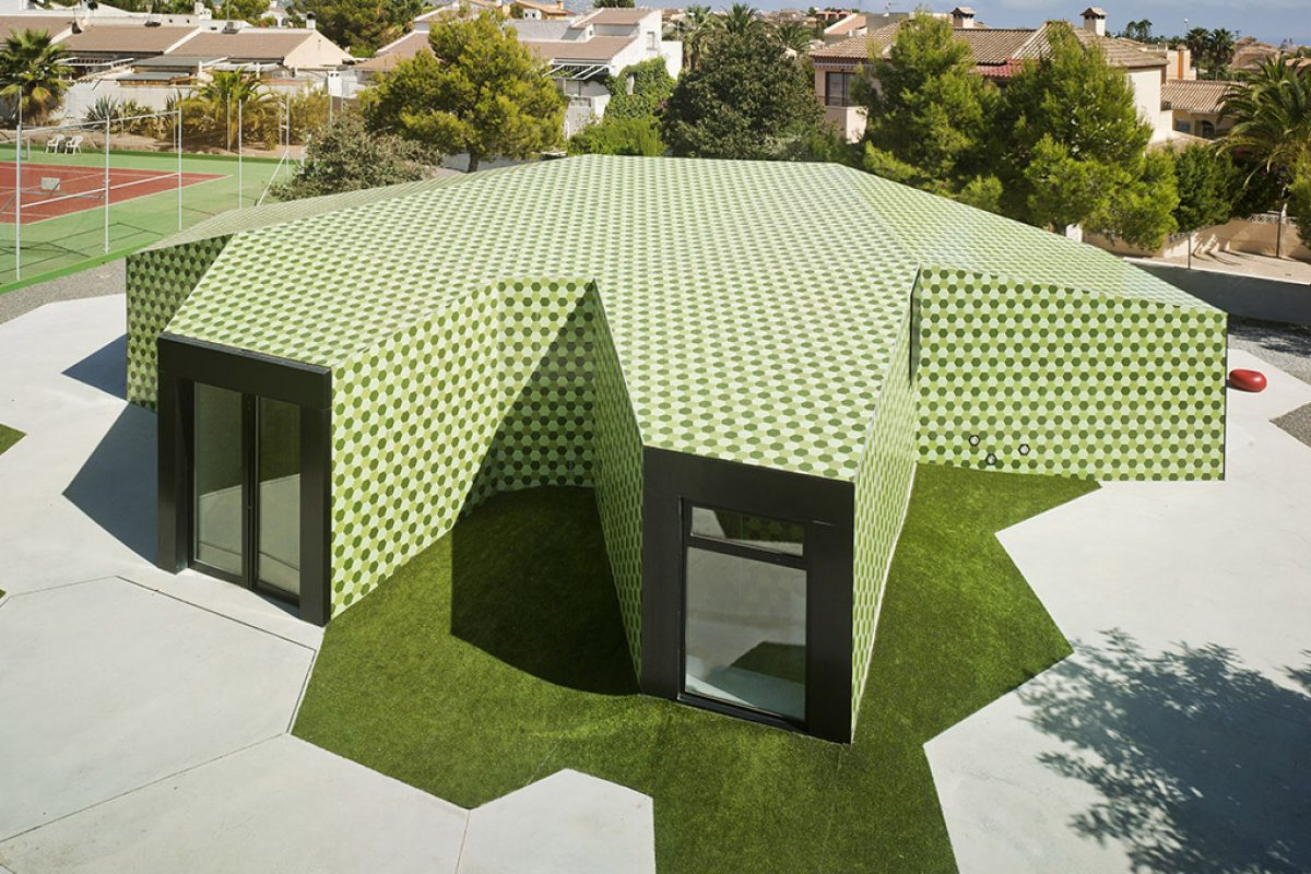 Crystalzoo, awarded the Architizer A+Awards for 'The Administrative Extension in La Nucia'