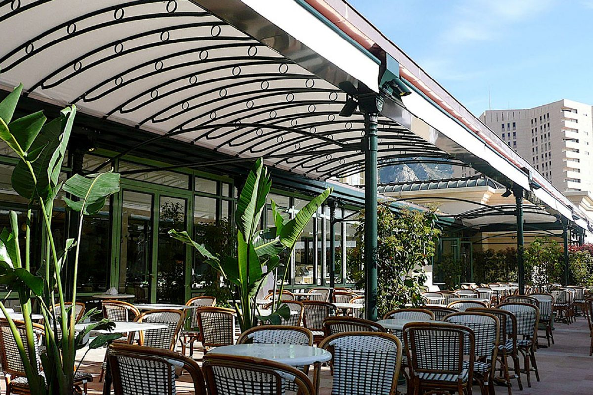 Case studies: Awnings and screens by KE Protezioni Solari for Cafè de Paris, Montecarlo
