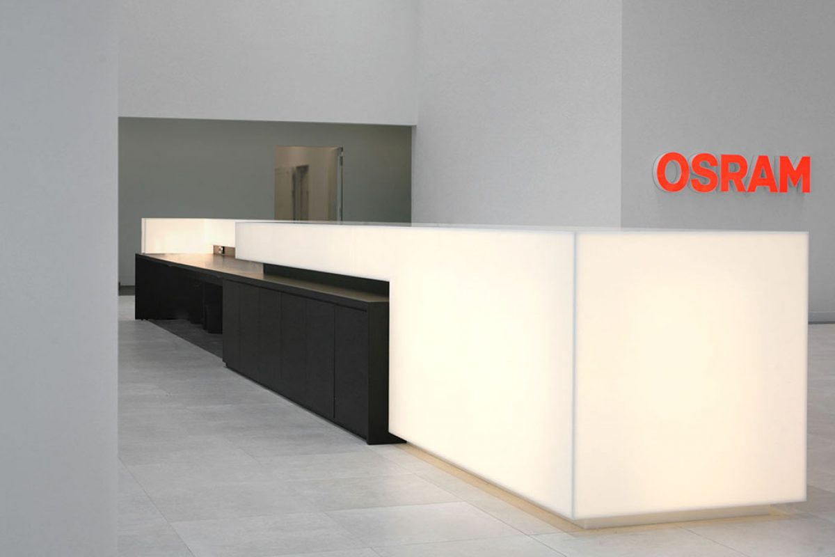 HI-MACS® enlightens the OSRAM Headquarters in Munich. The illuminated solid surface