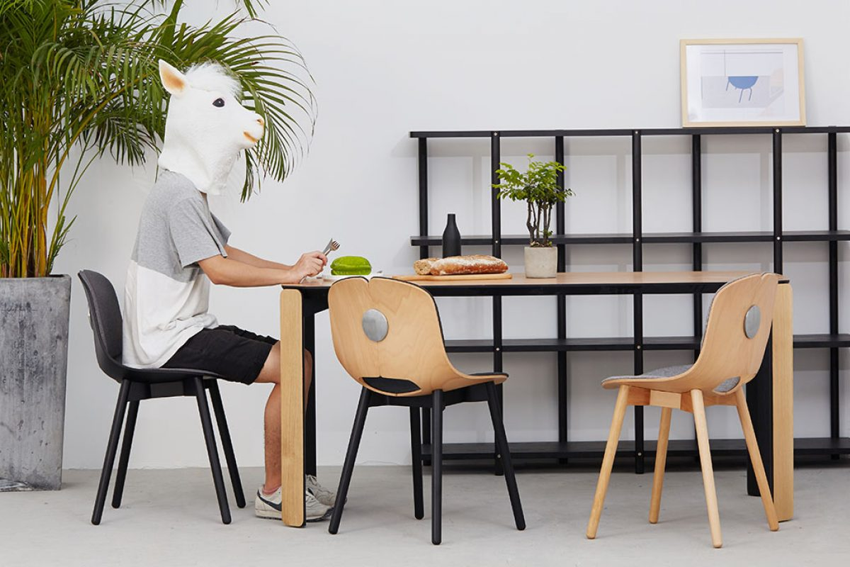 Spoon, the customizable and disassembling chair by Yonoh for Inyard.com