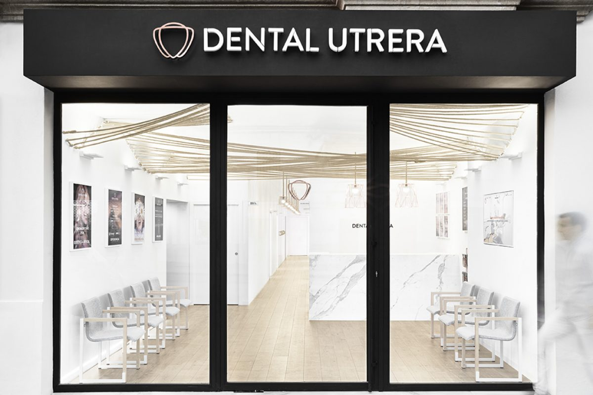 Brand new dental clinic featured with a Nordic style in the heart of Seville, Jiménez de Nalda's latest project