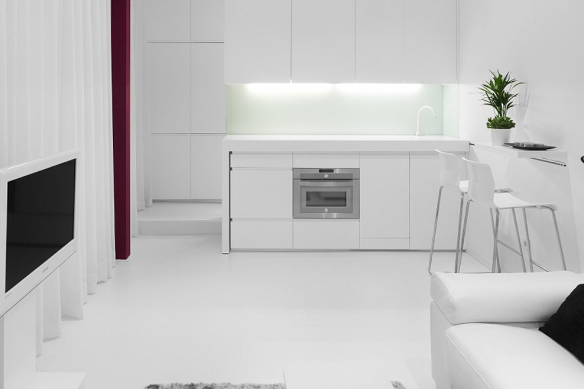 Case Studies: Size doesn't matter. 28m2 apartment designed by Iván Cotado with sliding systems by Klein