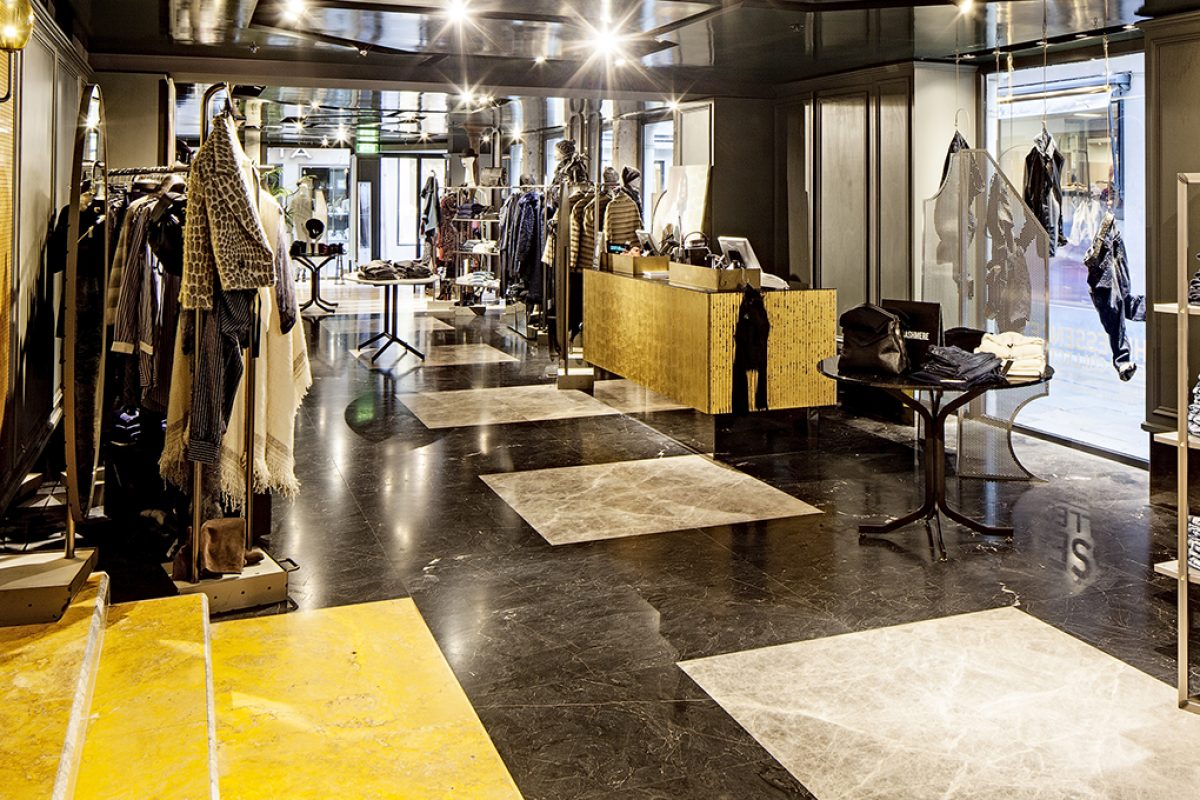 Case Studies: Margraf marble for new Sisley's Rich&Raw concept store in Venice