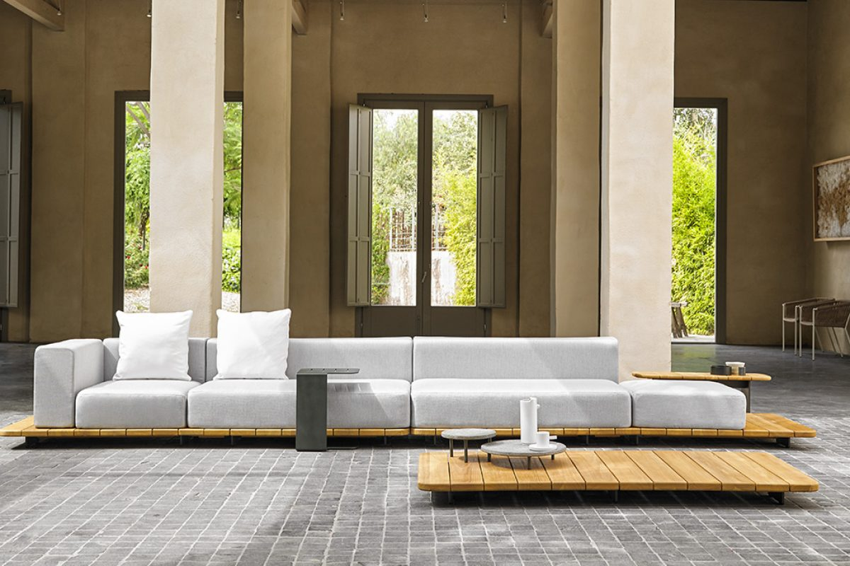 Pal by Francesc Rifé and Fennec by Gabriel Teixidó. New outdoor collections of Point