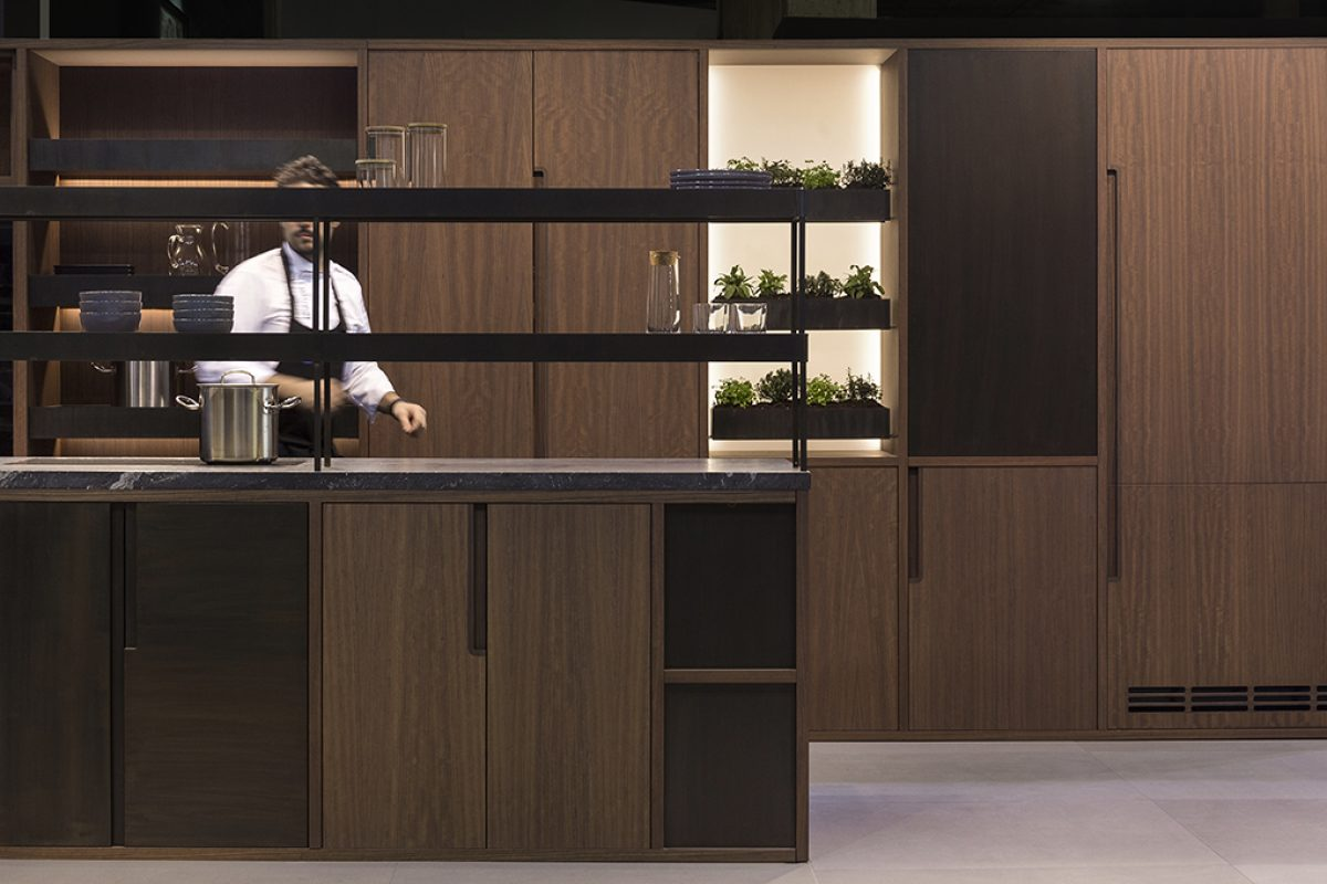 Francesc Rifé brings the veggie garden concept in the kitchen designing the Nature collection for Mobalco