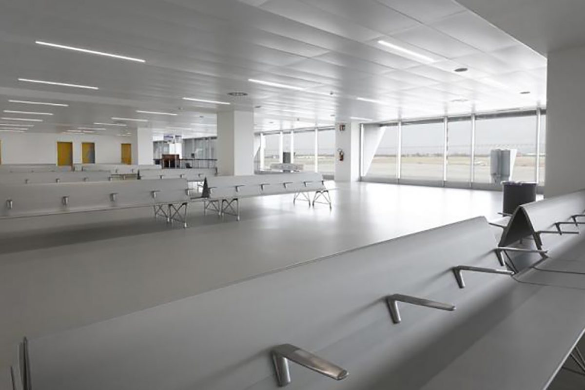 Case Studies: Friuli Venezia Giulia airport has chosen AERO bench by Sellex as the seating equipment in the passenger terminal