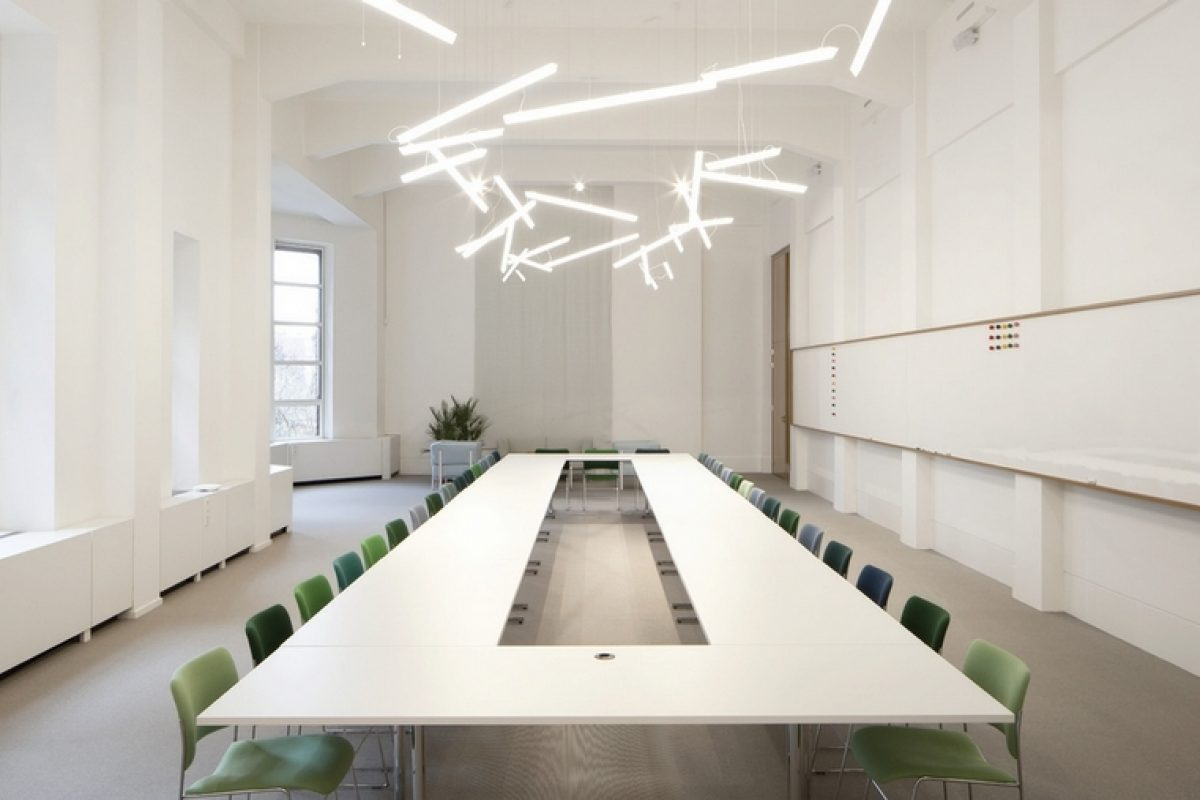 VIBIA presents the lamps with LED technology. Transforming lighting design