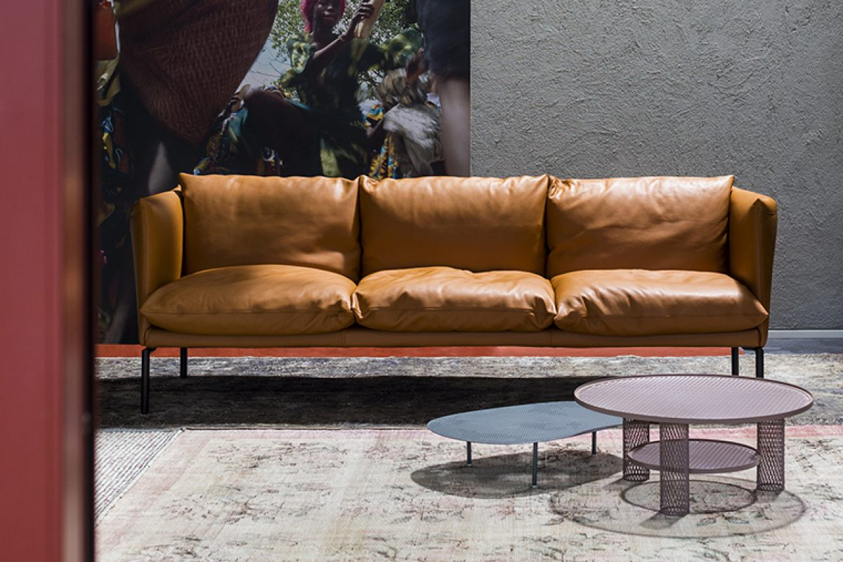 Moroso and Patricia Urquiola celebrate 20 years of collaboration and present a new version of the Gentry sofa during the Salone del Mobile.Milano