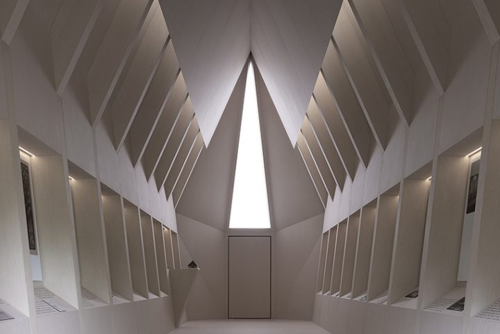 "The Asplund Pavilion by Francesco Magnani & Traudy Pelzel architects for ""Vatican Chapels"" at the 16th Architectural Biennale in Venice 2018"