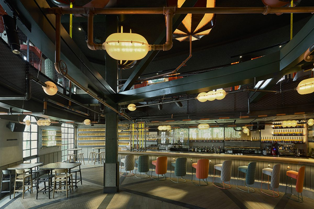Lagranja Design recreates a sculptural beer machine at The Populist Bebek, the most acclaimed brewery in Istanbul