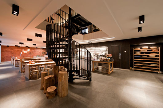 Coach House Restaurant An Interior Design Project By Shh