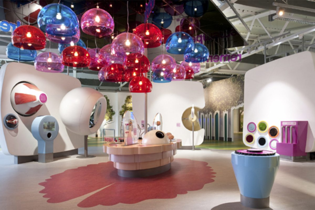 HI-MACS® used at interactive museum Eureka!. Designing a fun, colourful way to learn