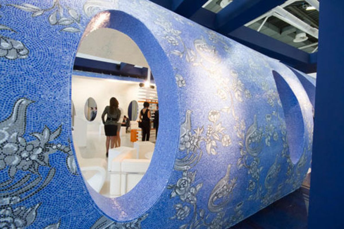 Cersaie 2013 registers more than 100,000 attendees, nearly half of them foreigners