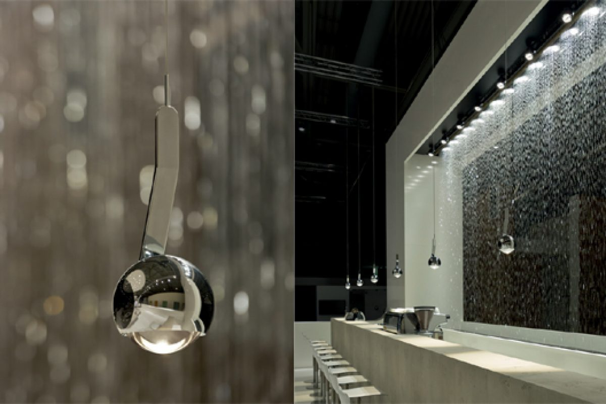 The suspended luminaire io 3d sospeso by Occhio wins design prize Interior Innovation Award 2014