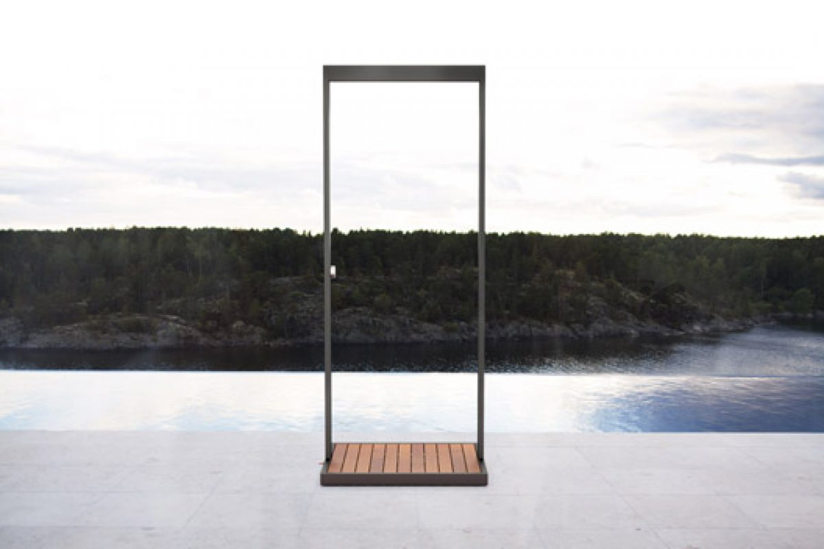 Röshults presents a stylish garden shower with rain effect designed by Broberg & Ridderstråle