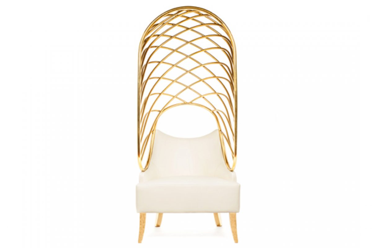 Munna presents the Becomes Me armchair at Clerkenwell Design Week in London. A design by Toni Grilo inspired by the Garden of Eden
