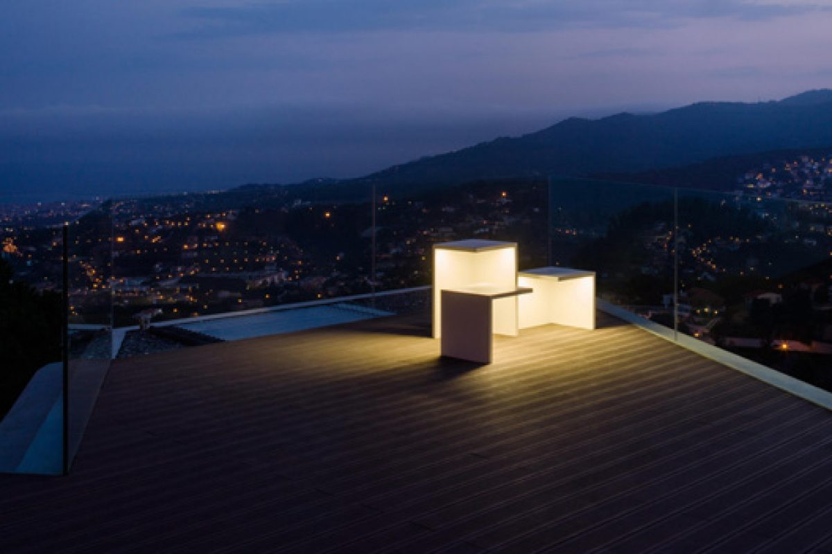 The new proposal of OUTDOOR by VIBIA. Subtle outdoor lighting