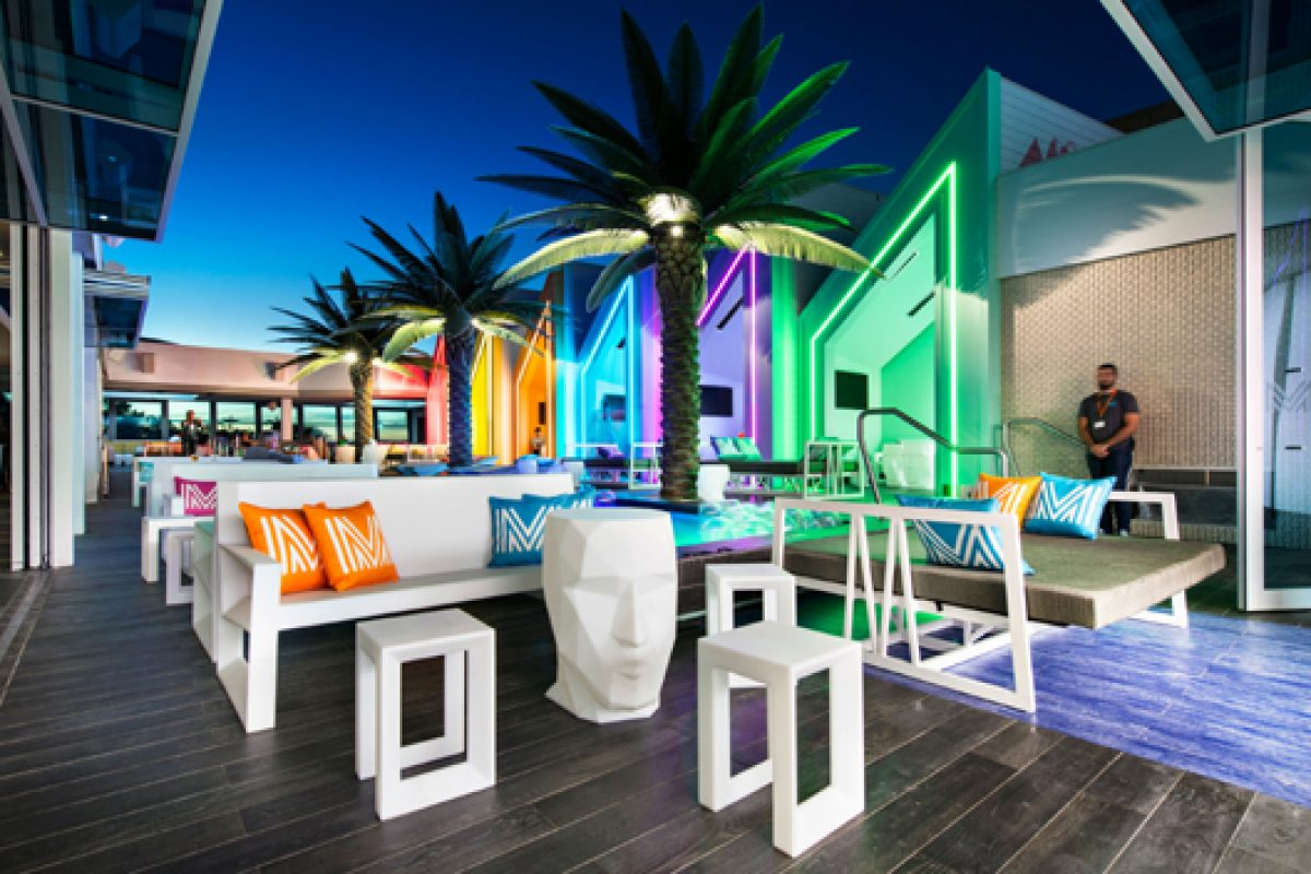 Vondom furnishes the Matisse Beach Club in Australia through the company Mobilia