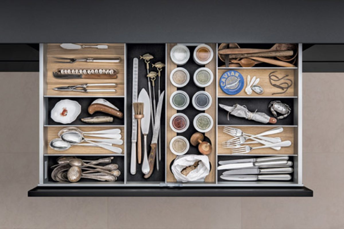 The SieMatic's aluminum interior accessories doubly rewarded with the iF product design award and Red Dot Award